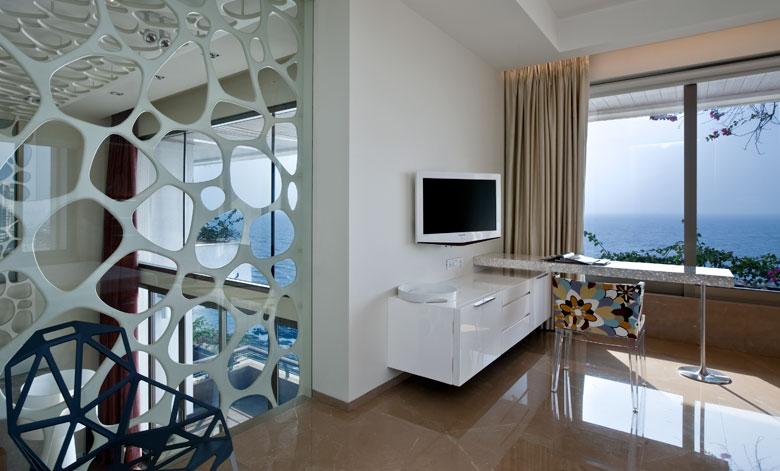 Flat in Warli, Mumbai, India, bedroom