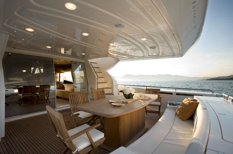 Yacht Ferretti 780