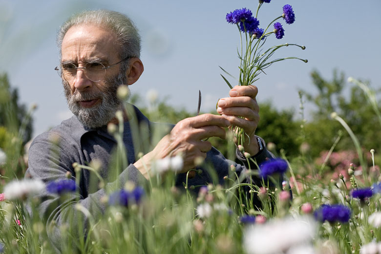 Raimondo Bianchi nel giardino di Biagio